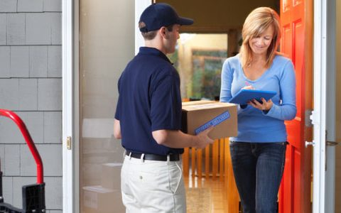 Choosing Courier Services